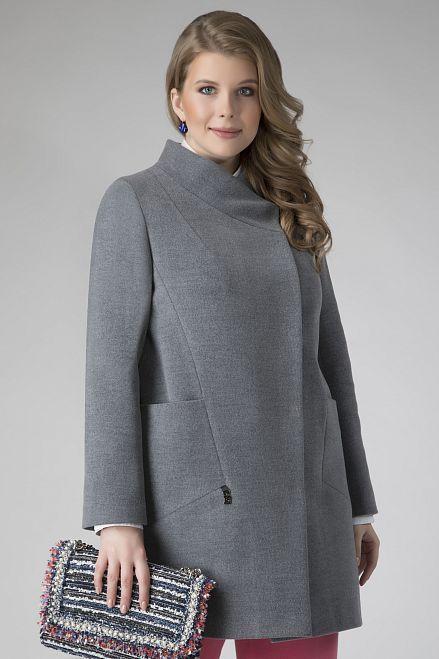 Серое женское пальто для полных женщин