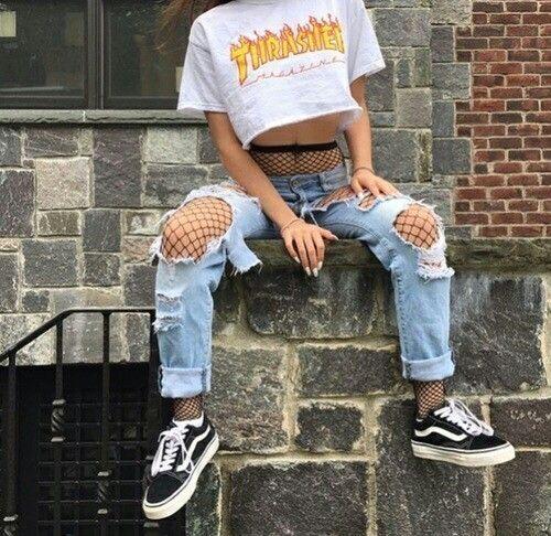 Бунтарские дыры на джинсах
