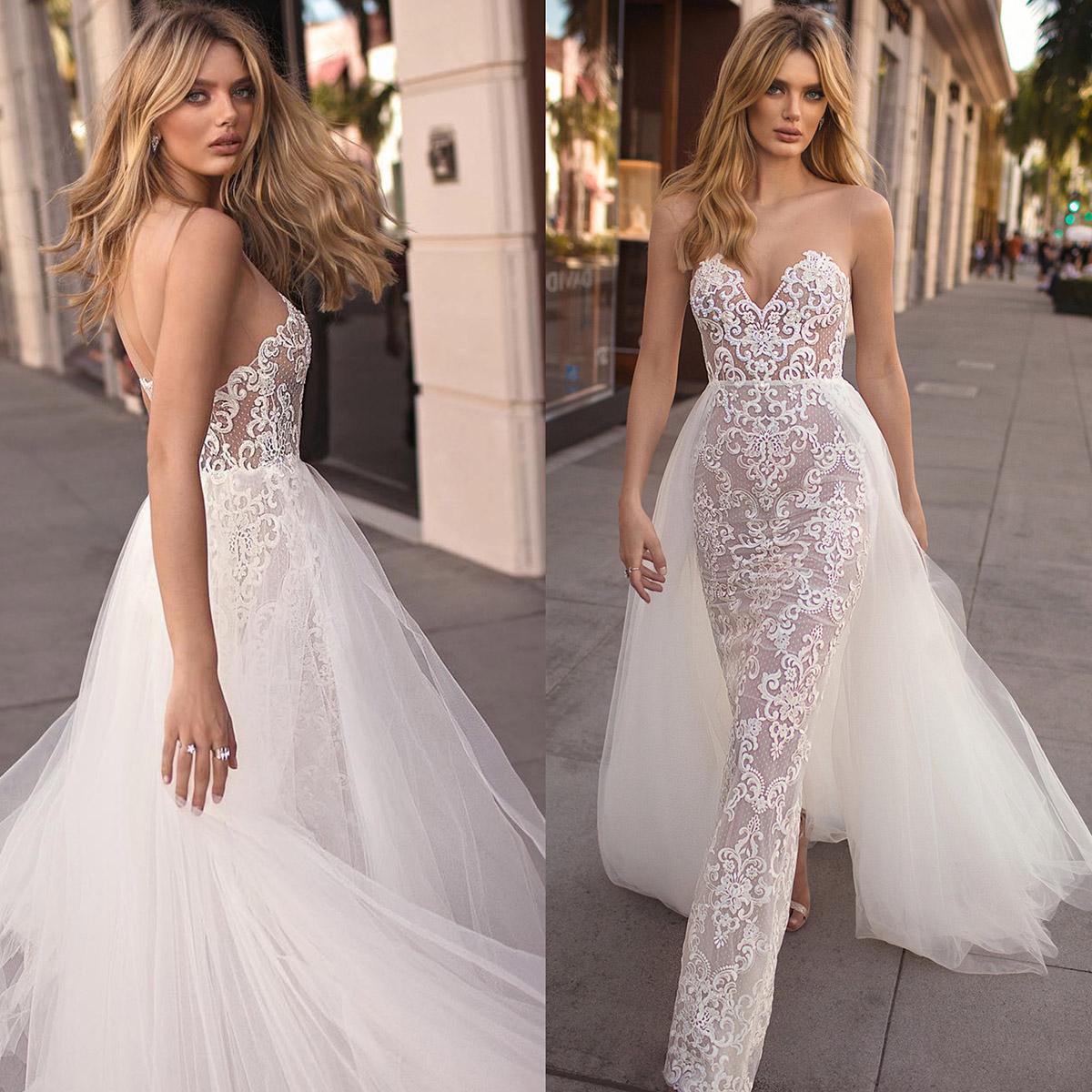 Свадебное платье со шлейфом 2019